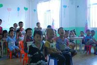 幼儿园教育随笔:善意的提醒转化成鼓励支持