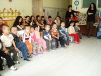幼儿园中班语言说课稿:礼物