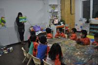 托班幼儿区域活动中良好情感培养的实践研究