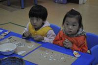幼儿园托班教育笔记:和小瓢虫一起做早操
