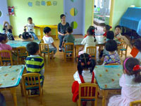 幼儿园美术活动《放烟花》课后反思